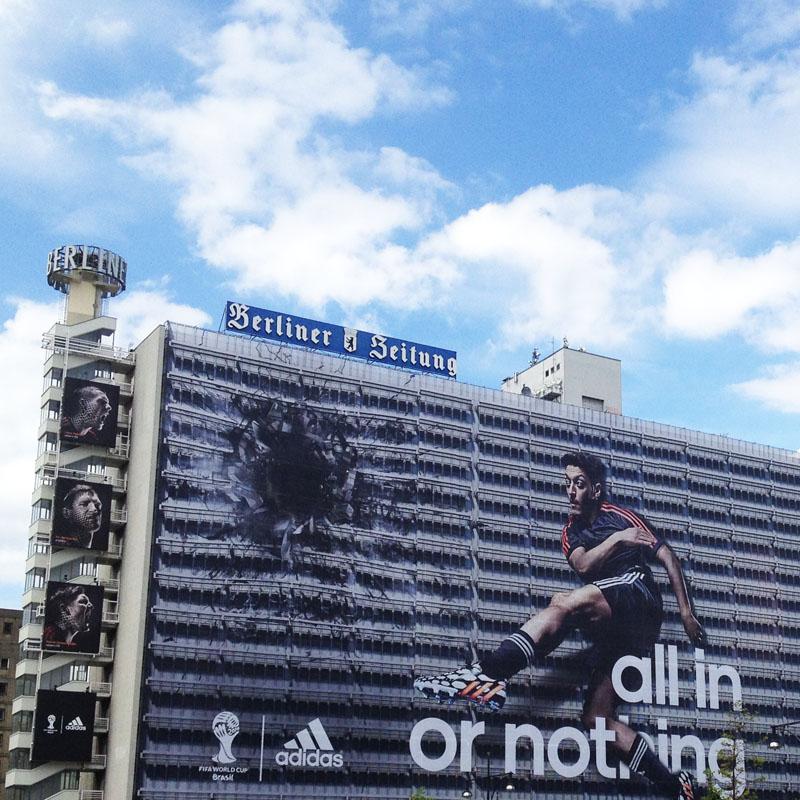WM 2014 Adidas Özil