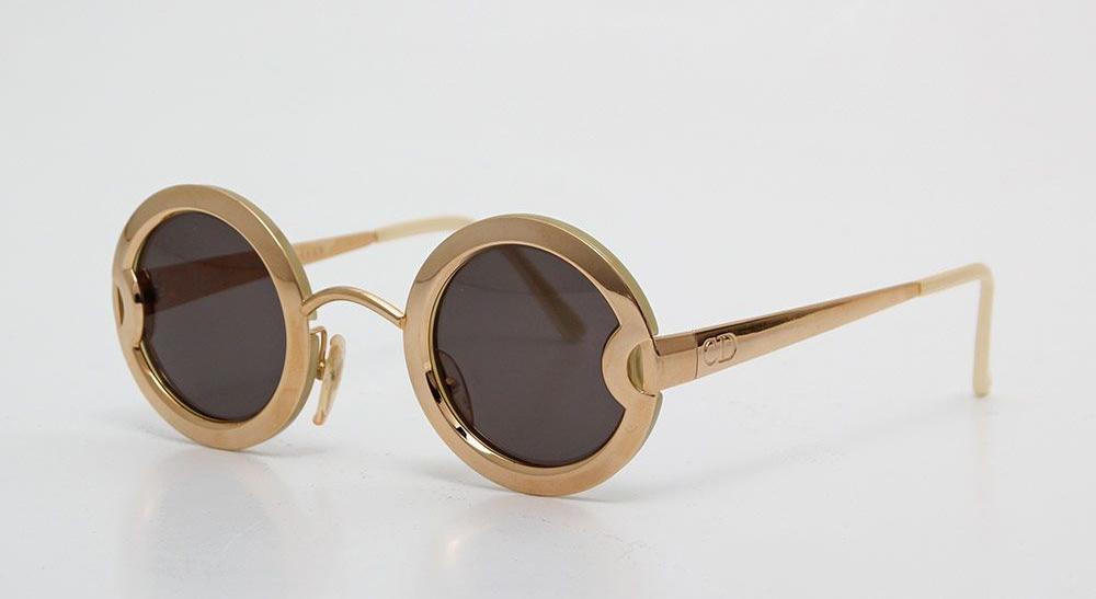 Goldene Sonnenbrille