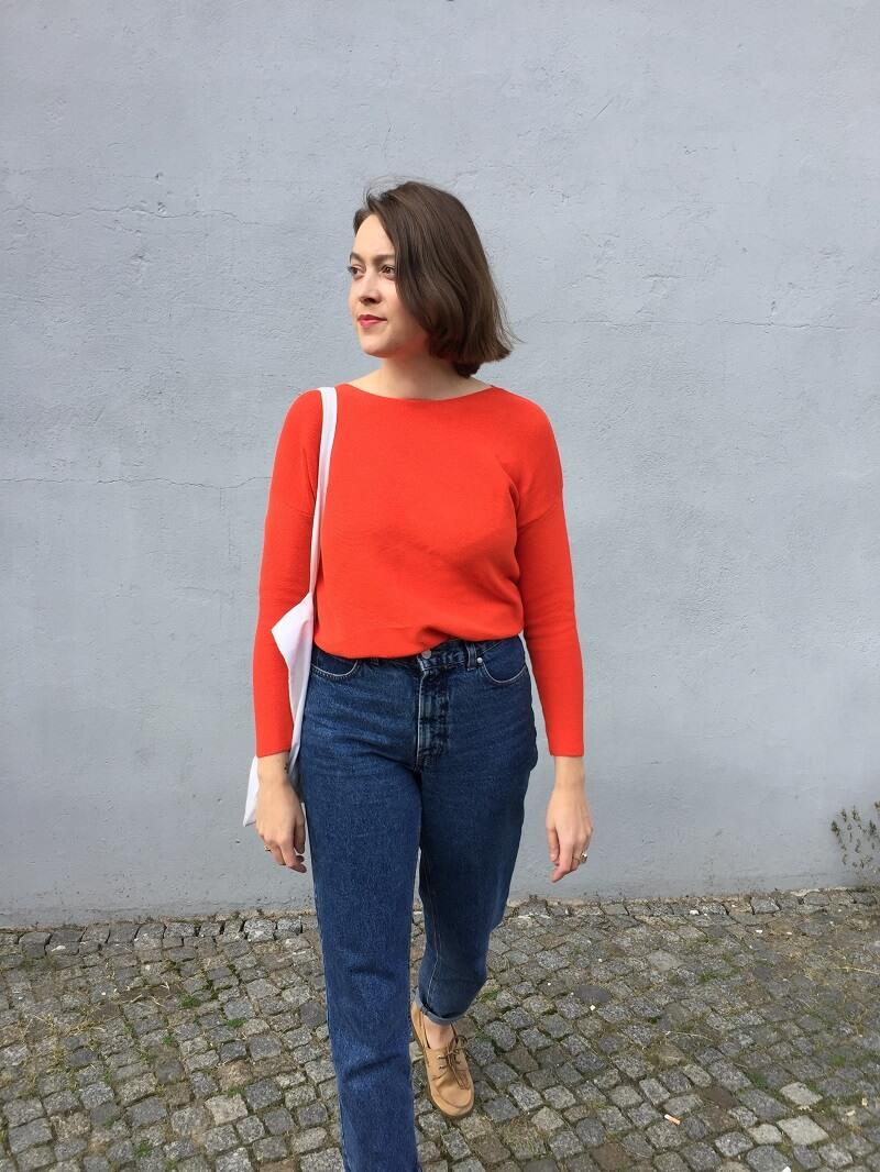 orange-rote Pulli