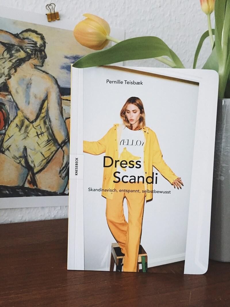 Dress Scandi
