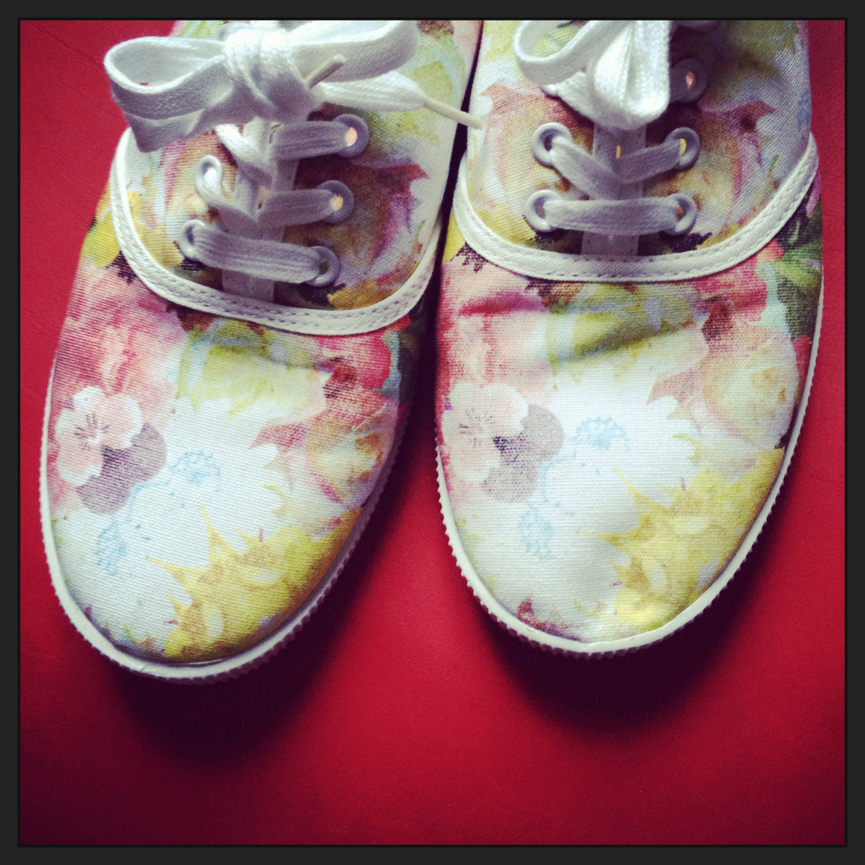 Blümchen Schuhe H&M