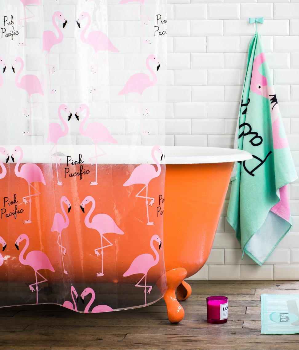 flamingo duschvorhang von h m home made of stil slow fashion vintage modeblog. Black Bedroom Furniture Sets. Home Design Ideas