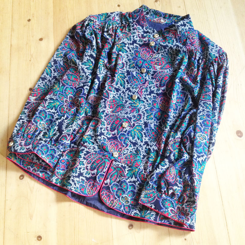 Vintage Bluse Goldknöpfe