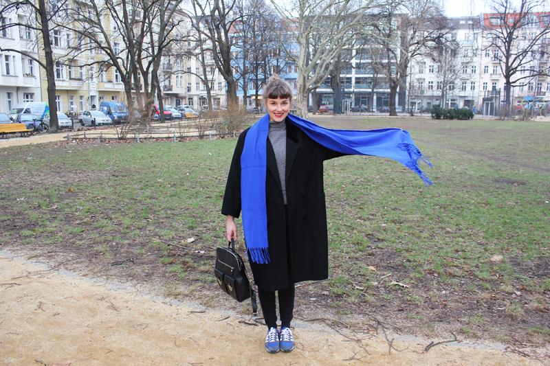 Ich und mein blauer Schal
