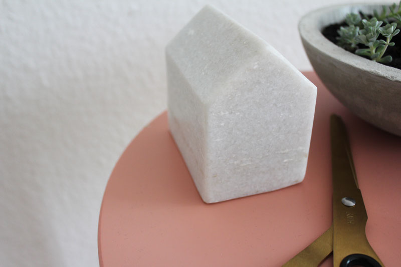 Häuschen aus Marmor