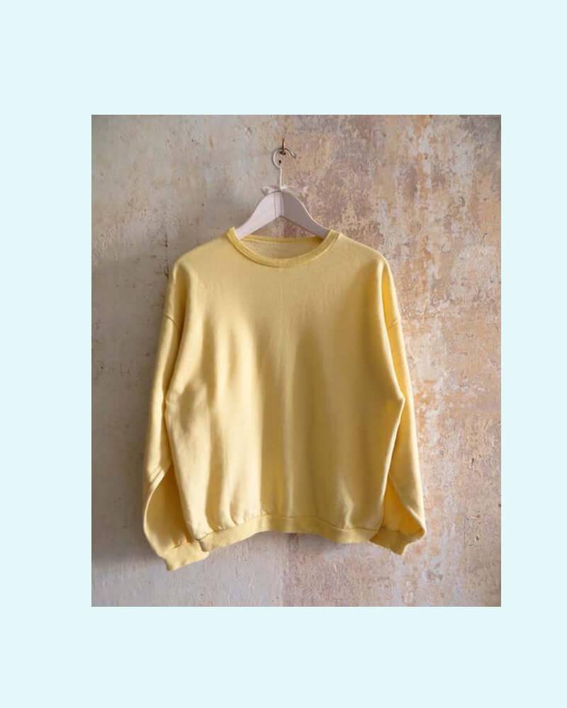 gelbes-sweatshirt