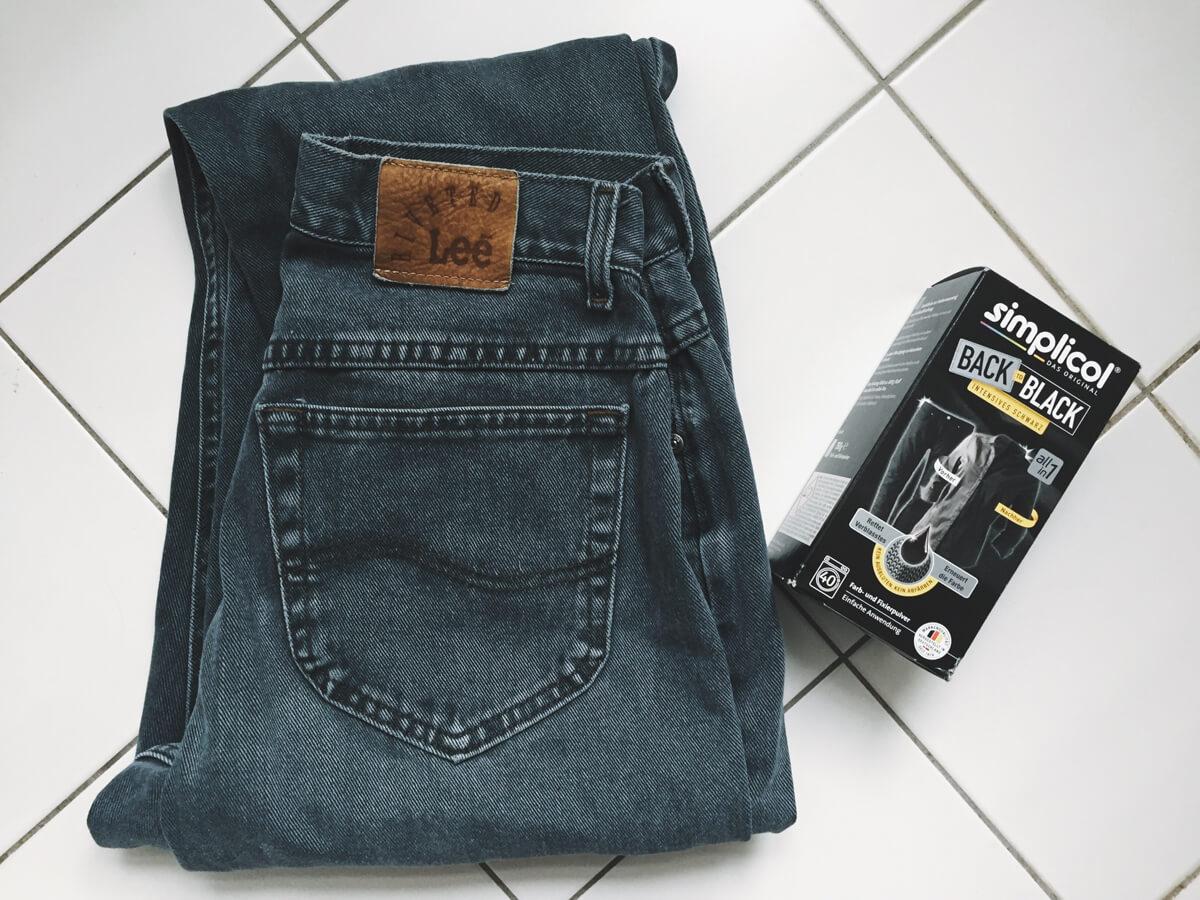 upcycling jeans hose schwarz f rben mit simplicol made. Black Bedroom Furniture Sets. Home Design Ideas
