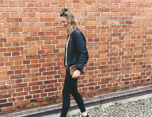 Outfit: Vintage Jeans, Vans, Rosa und Rot textile Lieblinge