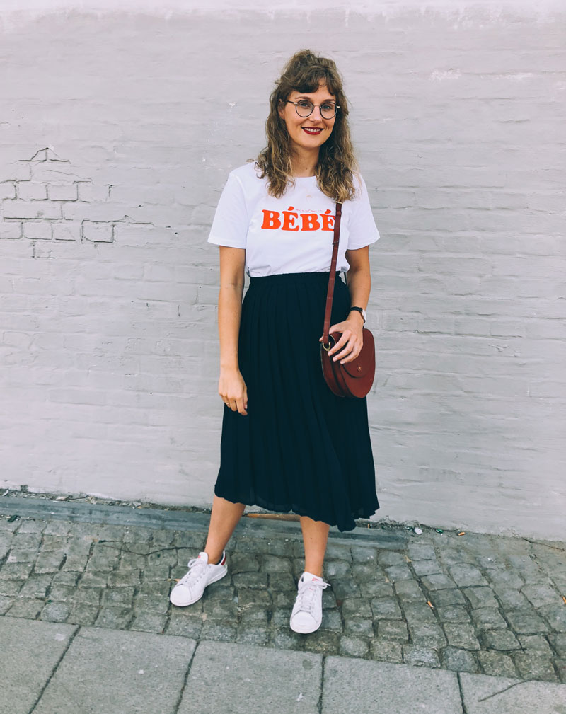 bebe shirt womom