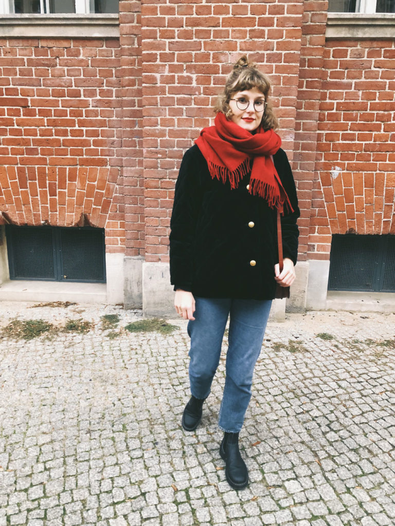 Outfit-roter-Schal