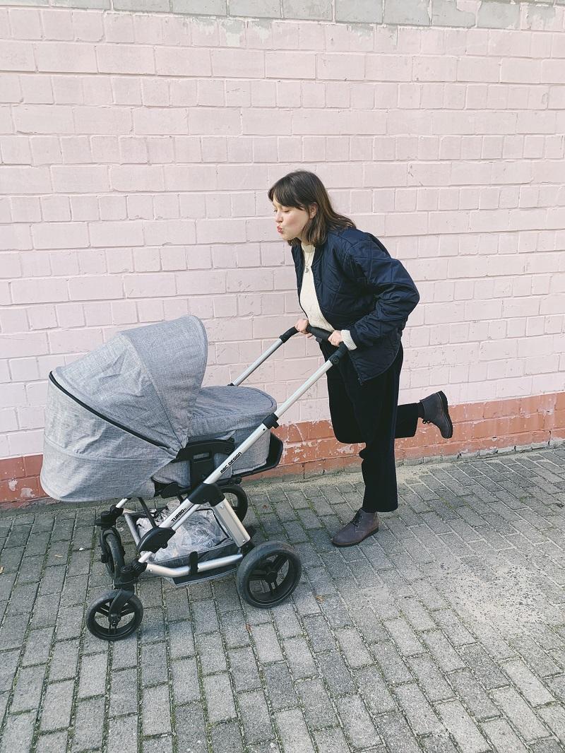 Als frischgebackene Mama durch die Übergangszeit mit schuhe.de